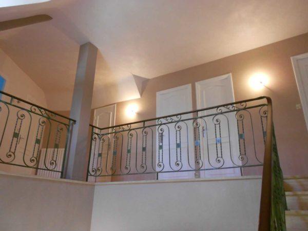 Peinture interieure mur plafond boiseries Loudeac Ponti - Escalier